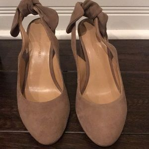 Banana Republic Cadi Suede Bow Heels Shoes